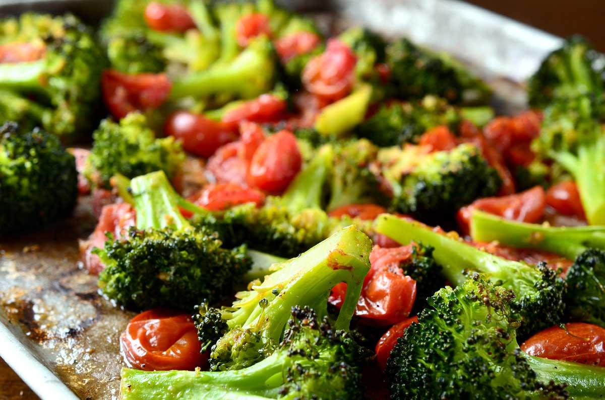 xroasted-broccoli-and-tomatoes.jpg.pagespeed.ic.YwDShbK8m4