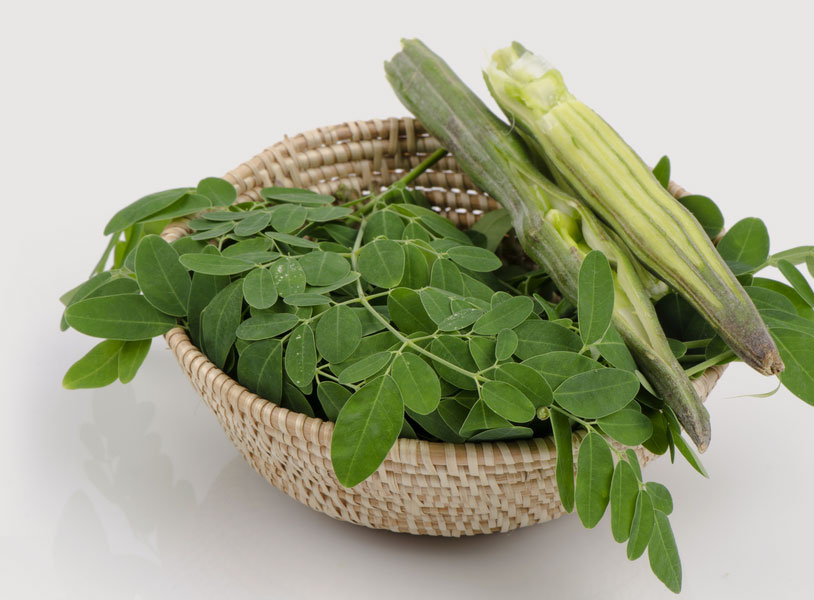 12-best-benefits-of-moringa-leaves-for-skin-hair-and-health